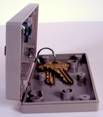 nes-controller-storage-box21