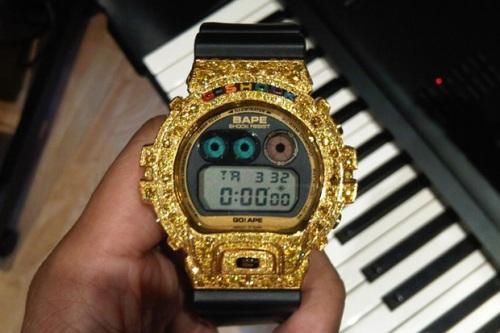 pharrell-custom-bape-casio-gshock-dw-6900